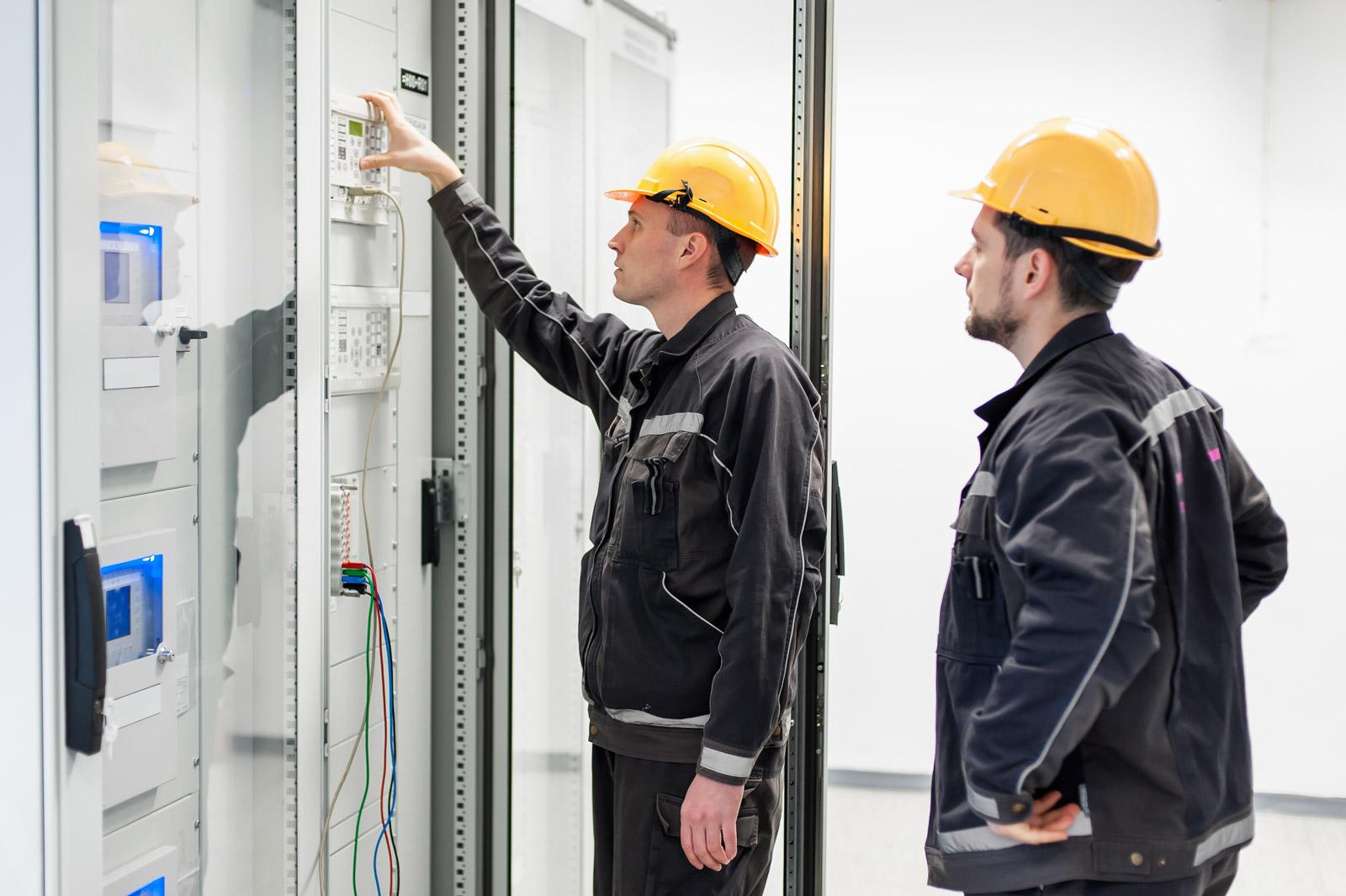 przemyslowe-instalacje-elektryczne